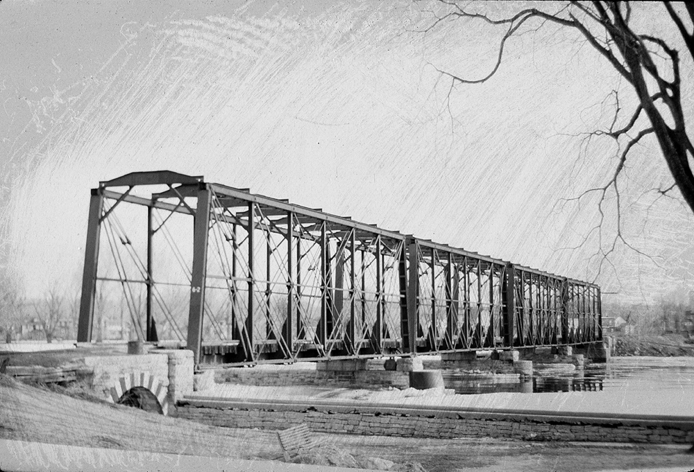 B&P Rideau River Bridge