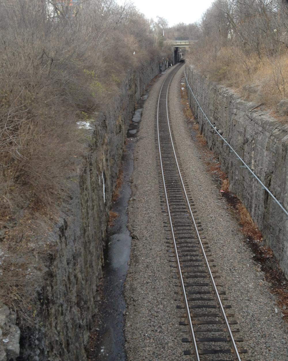 O-train tracks