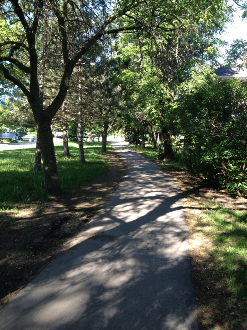 Bike path along Byron