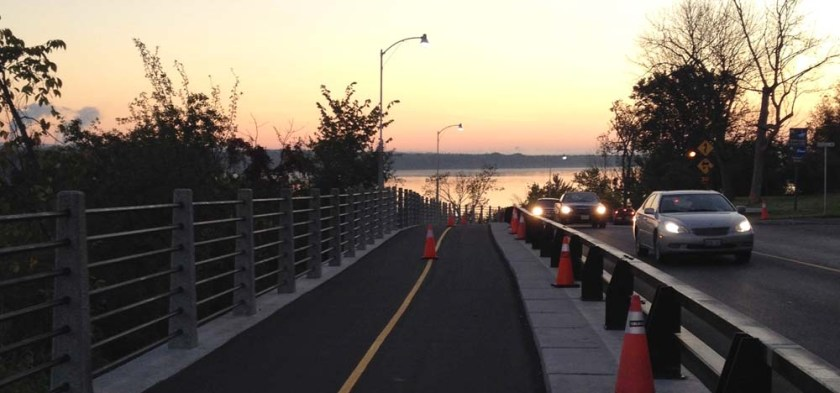 New section of bike path along Rockcliffe Parkway