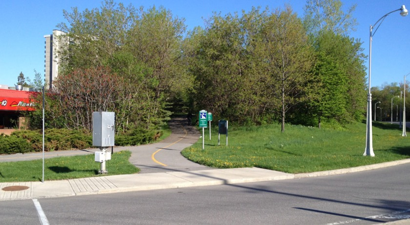 Access to the Aviation Pathway at the north/west corner of Montreal Road and the Aviation Parkway