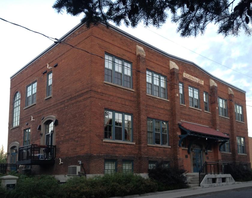 École Sacré-Cœur - 19 Melrose Avenue