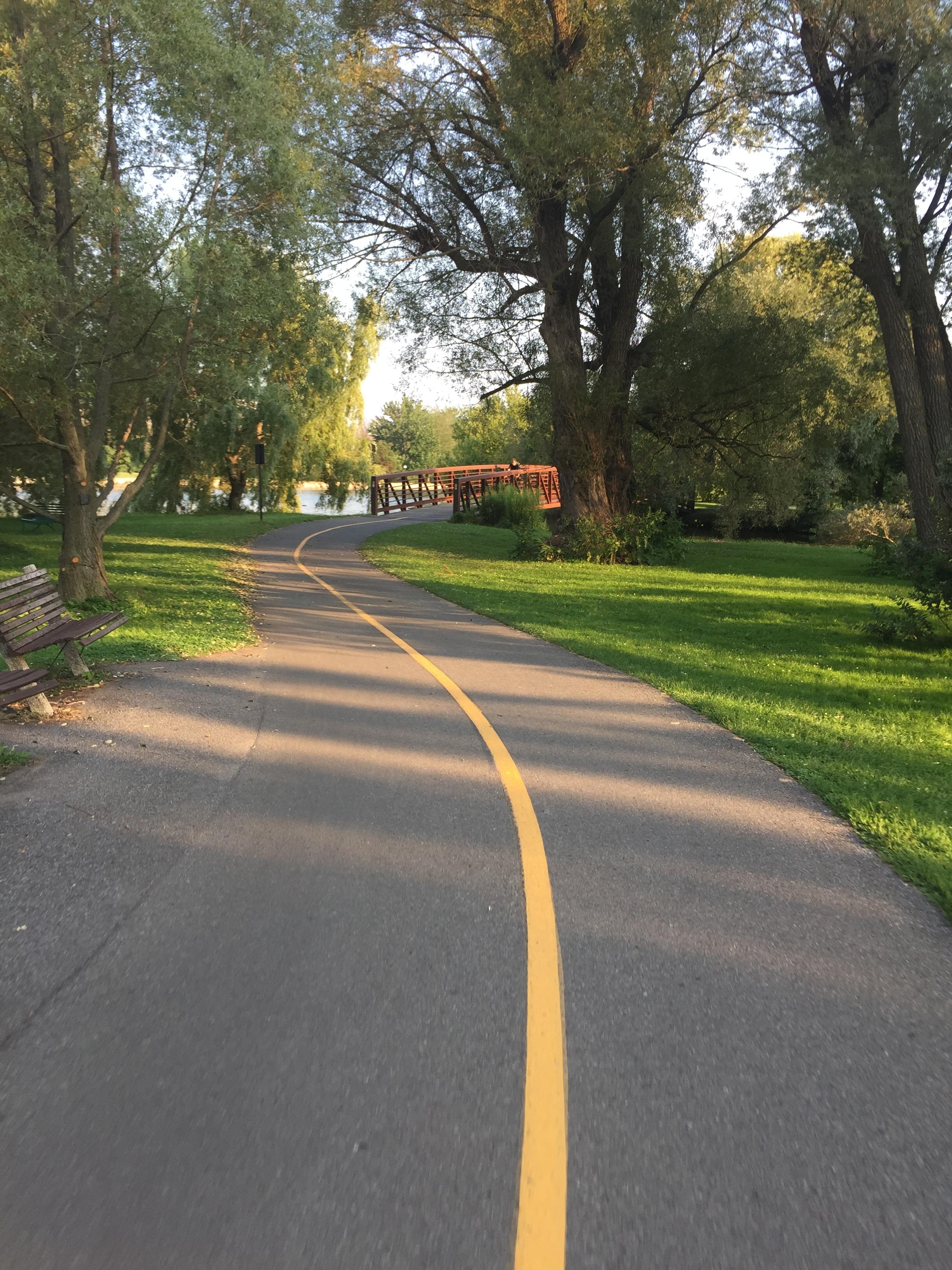 Path through the Arboretum along the Rideau Canal