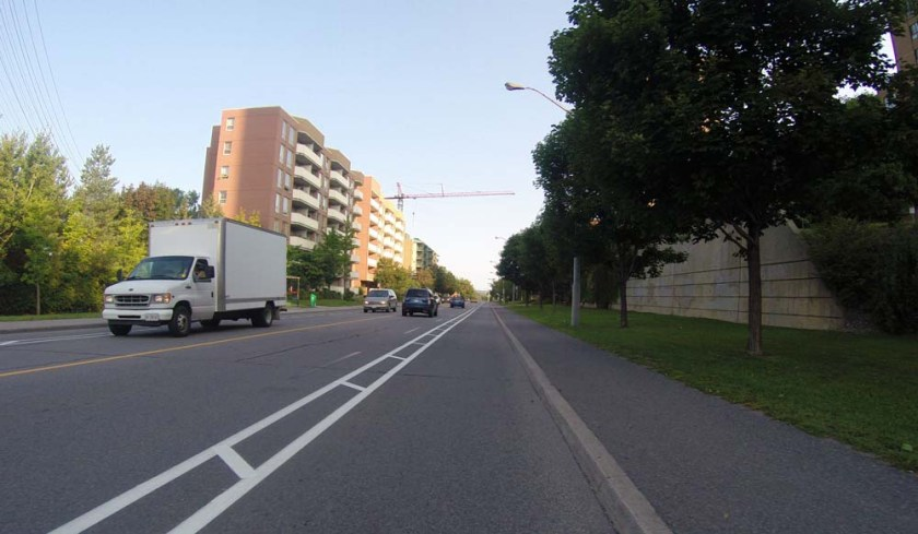 Bike lane along St Laurent Boulevard