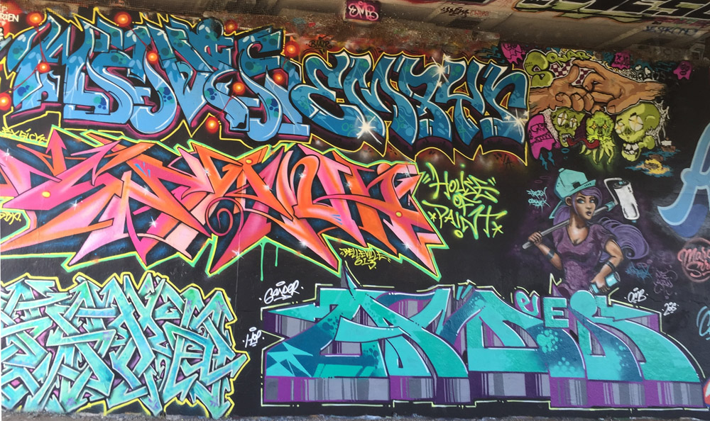 Bronson wall detail