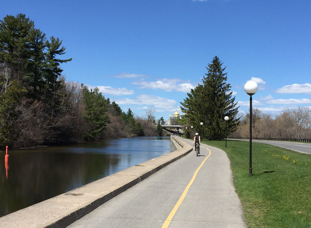 Rideau Canal Eastern Pathway