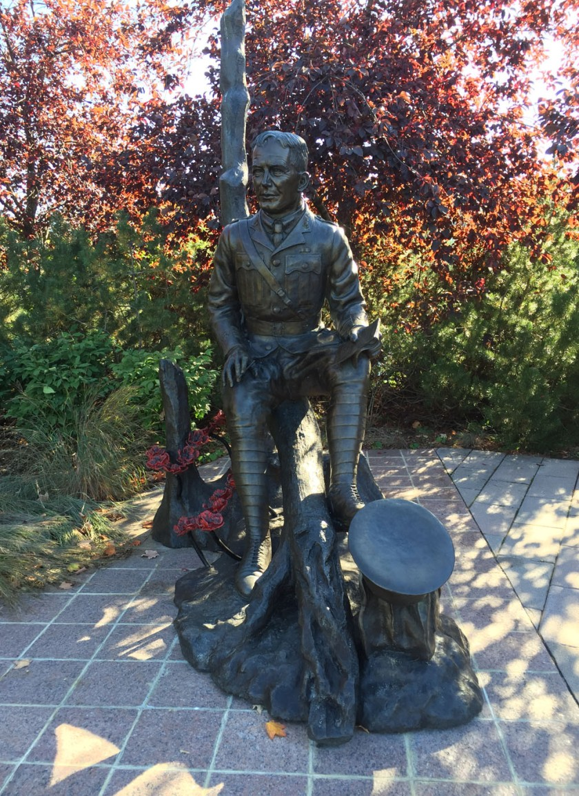 Lieutenant-Colonel John McCrae, sculpture by Ruth Abernethy